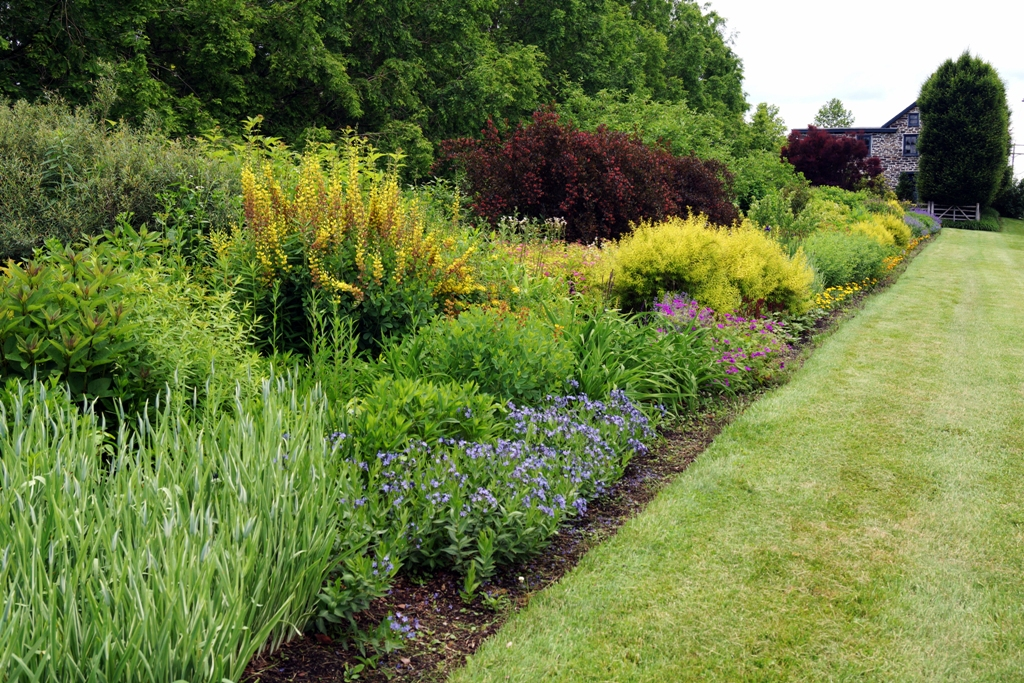 the long border at linden hill - Garden Design On A Hill